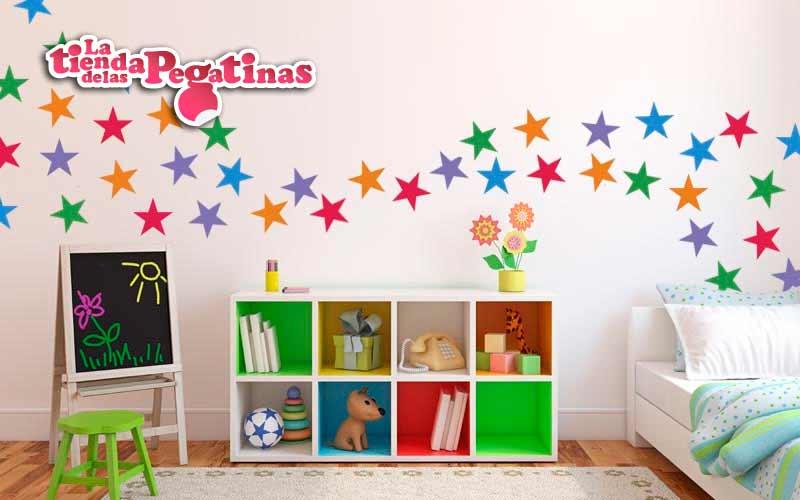 Como decorar con estrellas en la tienda de las pegatinas for Donde encontrar vinilos decorativos