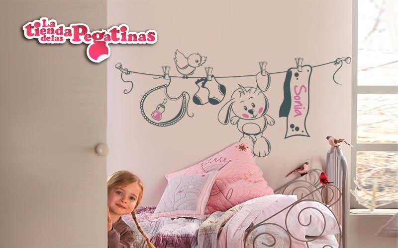 Como decorar la pared de una cuna con vinilos for Pegatinas pared nina