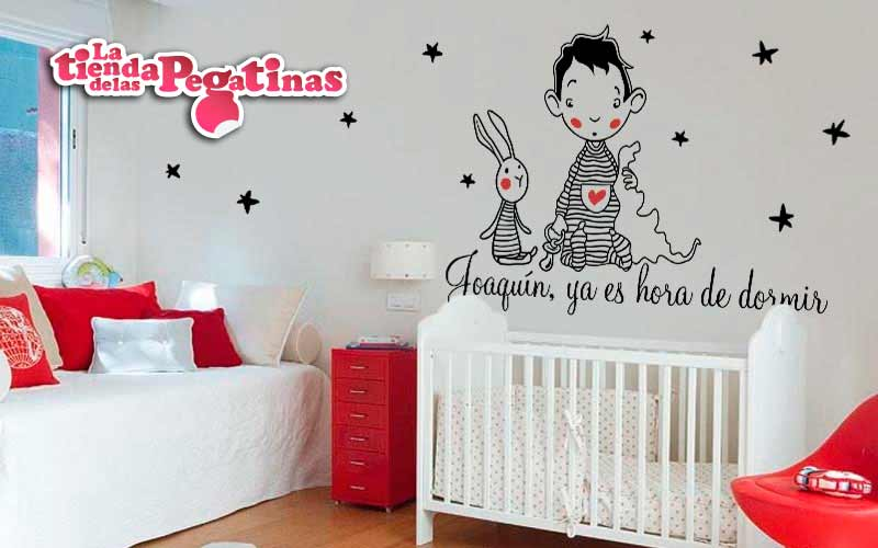 Como decorar la pared de una cuna con vinilos for Pegatinas decorativas pared infantiles