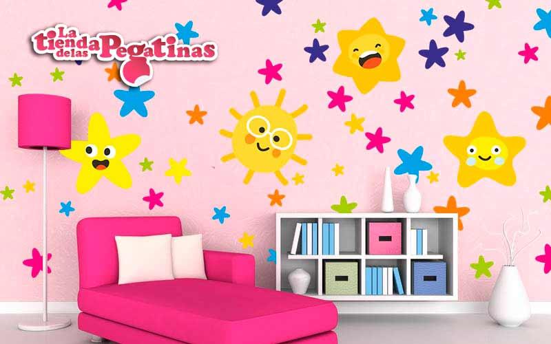 Consejos para decorar con estrellas y naves infantiles for Vinilos pared entera