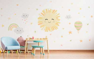 Vinilo Infantil Sol y Nubes Sonrientes
